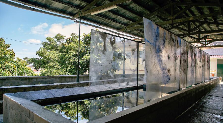 Quatro paredes de água de César Barrio