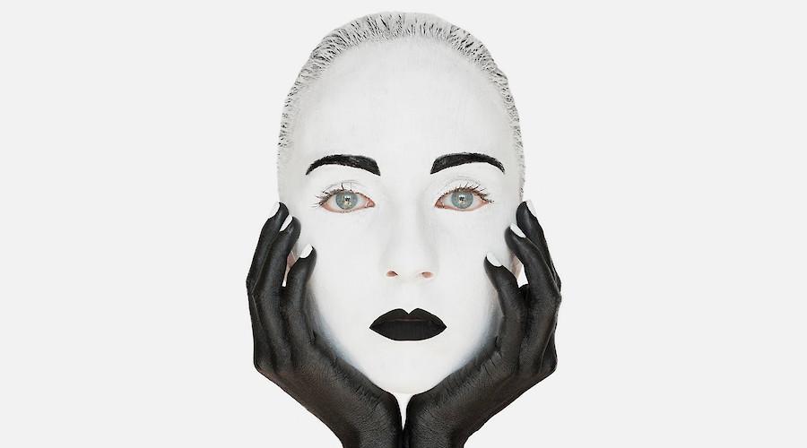 Elvira Carrasco: Faces Project